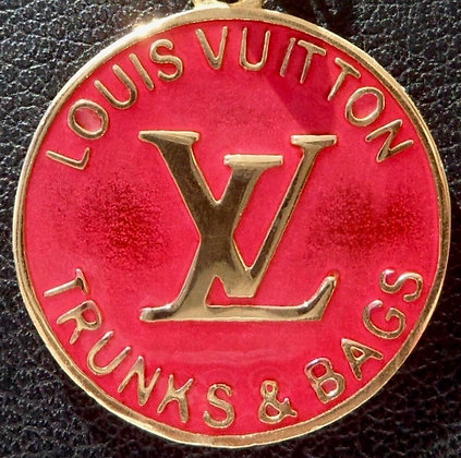VINTAGE FRENCH ' LOUIS VUITTON ' THE 90'S CHARM PENDANT