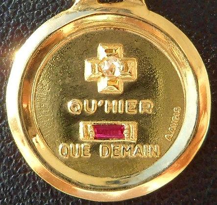 VINTAGE FRENCH '+ QU'HIER - QUE DEMAIN ' THE 80S CHARM PENDANT, SIGNED A.AUGIS