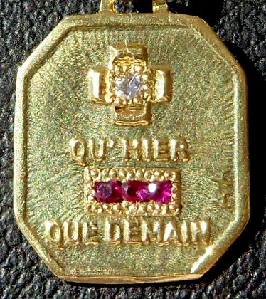 VINTAGE '+ QU'HIER - QUE DEMAIN ' THE 40'S CHARM PENDANT SIGNED A.AUGIS