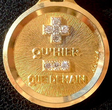 VINTAGE FRENCH '+ QU'HIER - QUE DEMAIN ' THE 90S PENDANT, SIGNED AUGIS