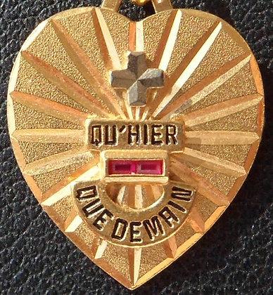 VINTAGE '+ QU'HIER - QUE DEMAIN ' THE 70'S CHARM PENDANT SIGNED A.AUGIS