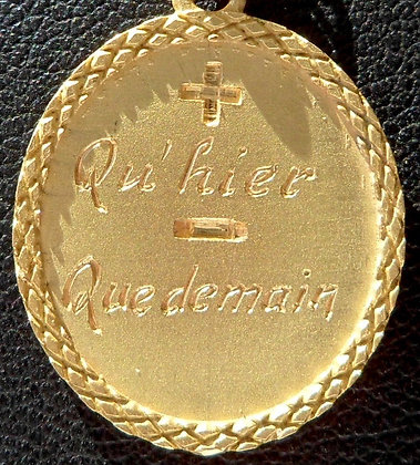 VINTAGE FRENCH '+ QU'HIER - QUE DEMAIN ' THE 70S CHARM PENDANT