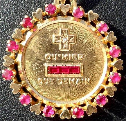 VINTAGE FRENCH '+ QU'HIER - QUE DEMAIN ' THE 70'S CHARM PENDANT SIGNED AUGIS