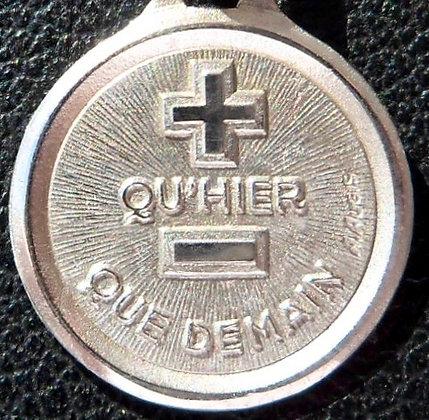VINTAGE '+ QU'HIER - QUE DEMAIN ' THE 90'S CHARM PENDANT SIGNED A.AUGIS