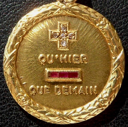 RARE VINTAGE FRENCH '+ QU'HIER - QUE DEMAIN ' 20'S CHARM PENDANT SIGNED AUGIS