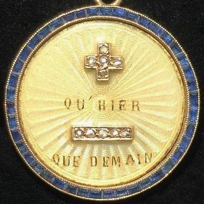 GORGEOUS '+ QU'HIER - QUE DEMAIN ' THE 50'S CHARM PENDANT