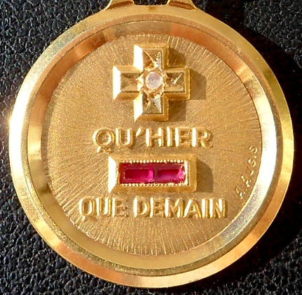 VINTAGE FRENCH '+ QU'HIER - QUE DEMAIN ' THE 90'S CHARM PENDANT SIGNED A.AUGIS