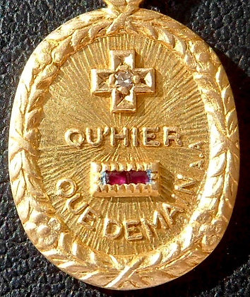 VINTAGE FRENCH '+ QU'HIER - QUE DEMAIN ' THE 40'S CHARM PENDANT SIGNED A