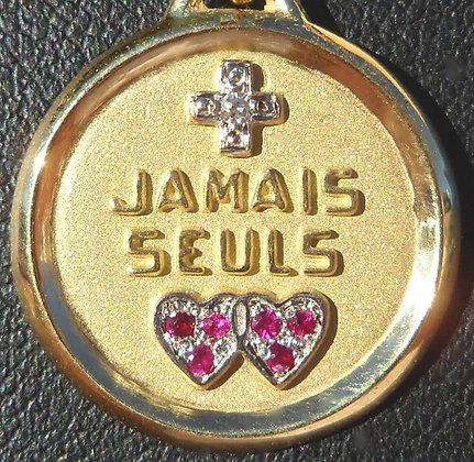 VINTAGE '+ JAMAIS SEULS ' THE 70'S CHARM PENDANT SIGNED