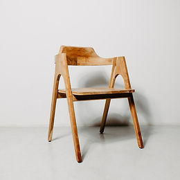 Contoured Dining Arm Chair