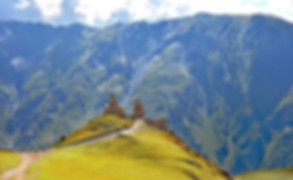 Gergeti church in Kazbegi. Tour tour Kazbegi
