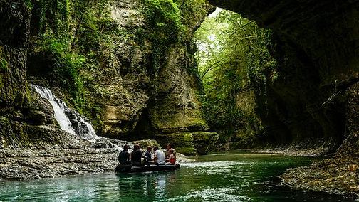 Martvili canyon. Tour to Martvili canyon