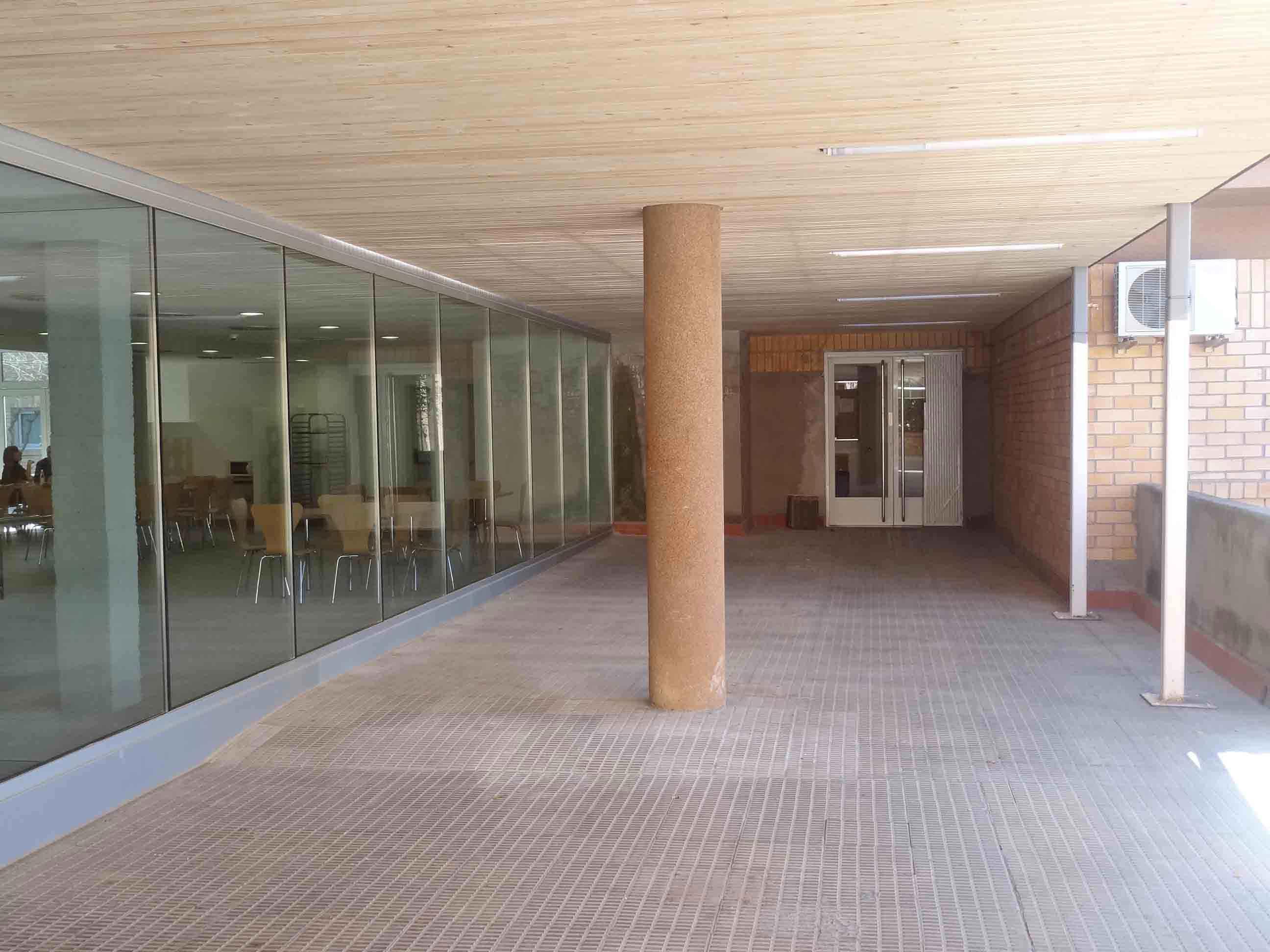 09-03-2012-03-06-CAFETERIA-INEFC-004.jpg