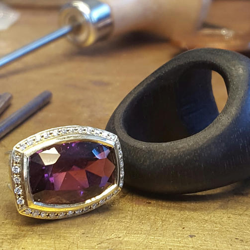 Made from Ebony,Rubellite and Yellow Gold.