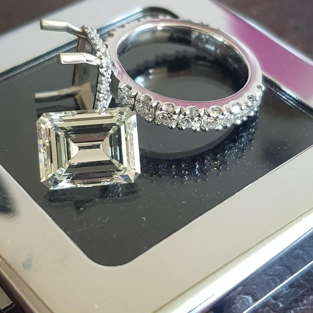 Made this for a 5ct Emerald cut