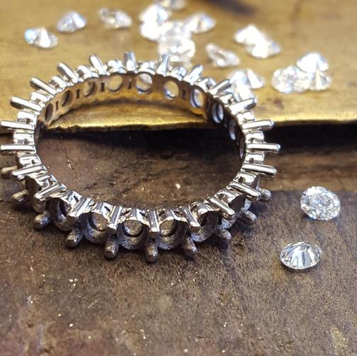 Full Diamond Eternity