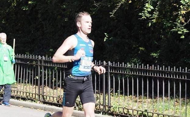 Håvard Jakobsen løp en sterk 3000m på Svenningmoen!