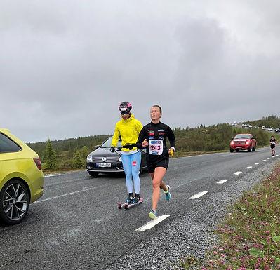 Anne Inger Mørtvedt løp 10km under Fornebuløpet!