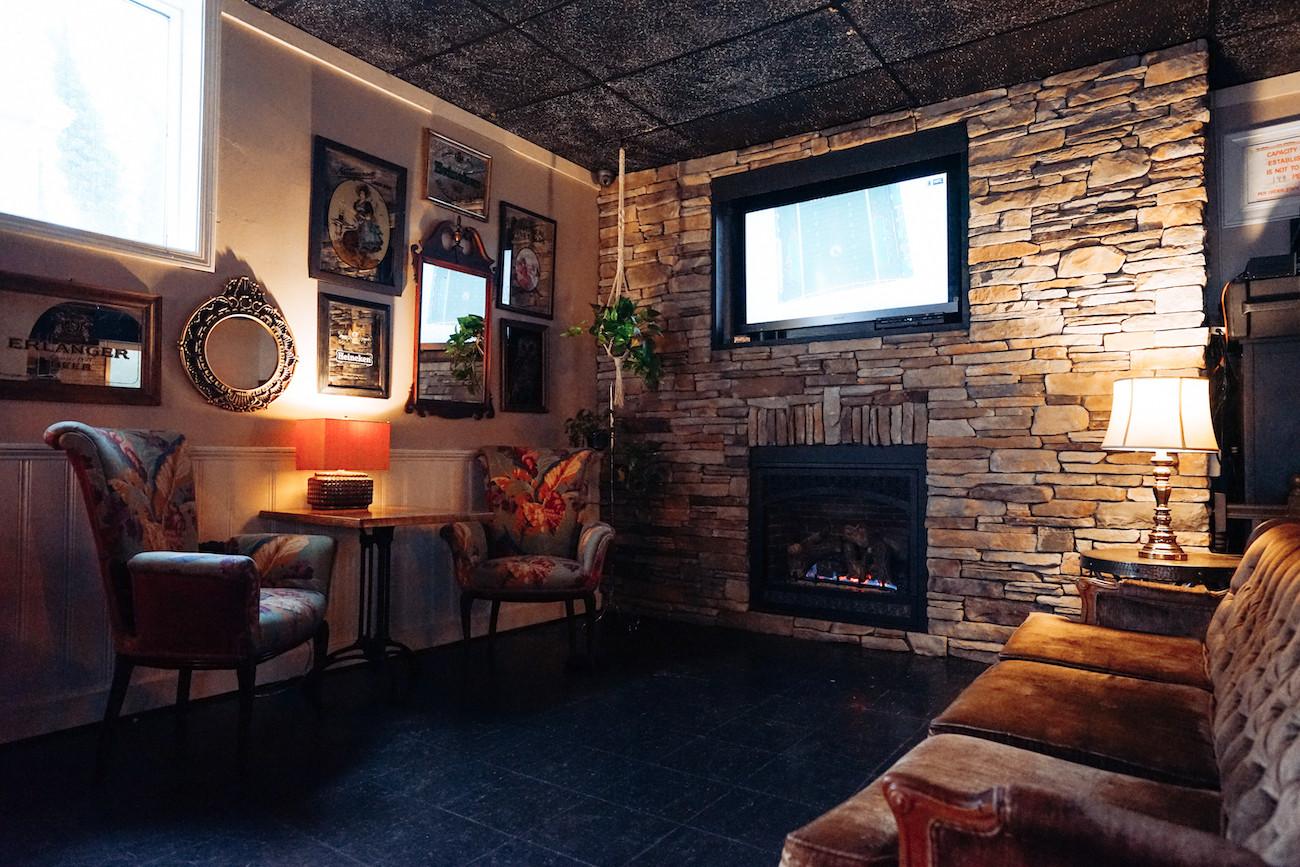 visual-manor-the-parlor-newport-2021--90