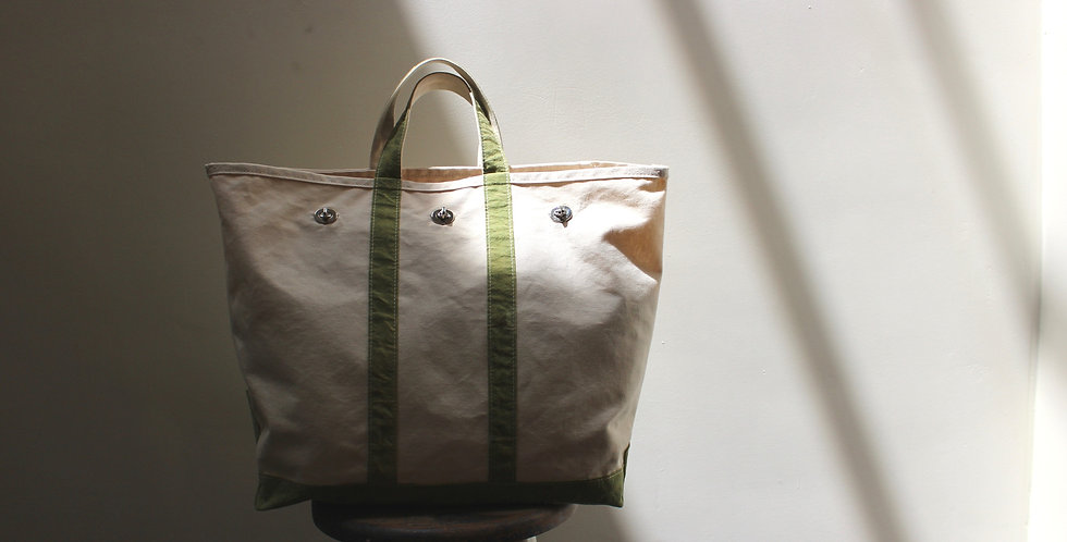 Canvas Tote with Flap Off white
