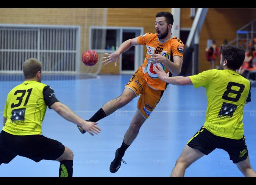 Pour son retour au jeu, Théophile Kempf a marqué neuf buts lors du succès orange à Besançon. Photo DNA /J.-C. DORN