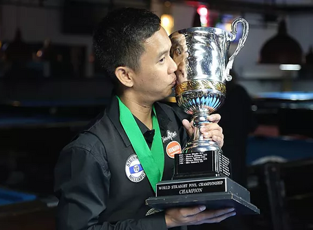 Lee Van Corteza Makes History: First Asian World Straight Pool Champion