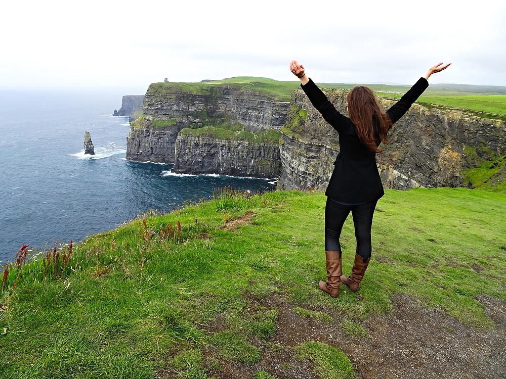 Jeanie Michaels in Ireland, Cliffs of Moher