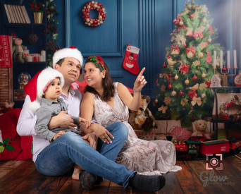 Adelaide Family Photography Christmas Morning Scene