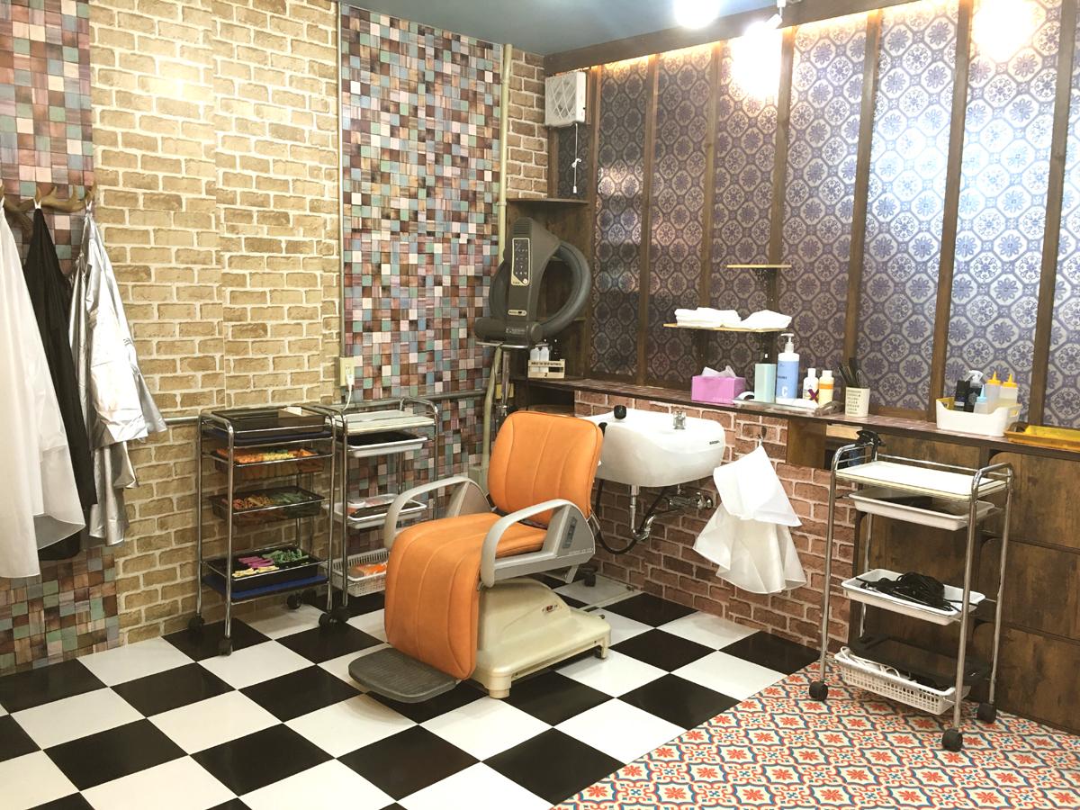 危機裸裸珈琲店Hair Salon