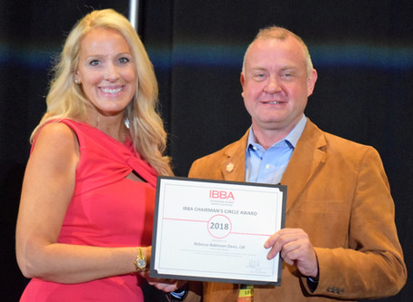 IBBA presents Rebecca Robinson Davis with prestigious business broker awards