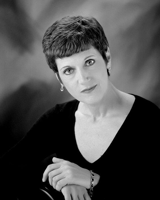 Diane Kelley-08bw.jpg