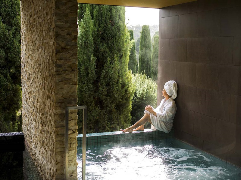 Peppers Day Spa is truly a relaxing experience to compliment your day out with Daylesford Wine Tours