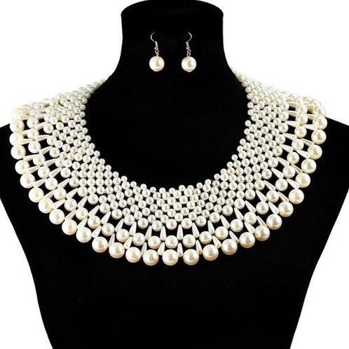 Bib Pearl Necklace-set