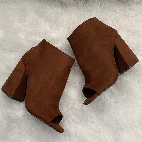 Cage Bootie (brown)
