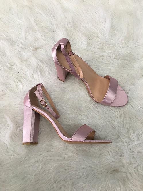 Pinky Heel