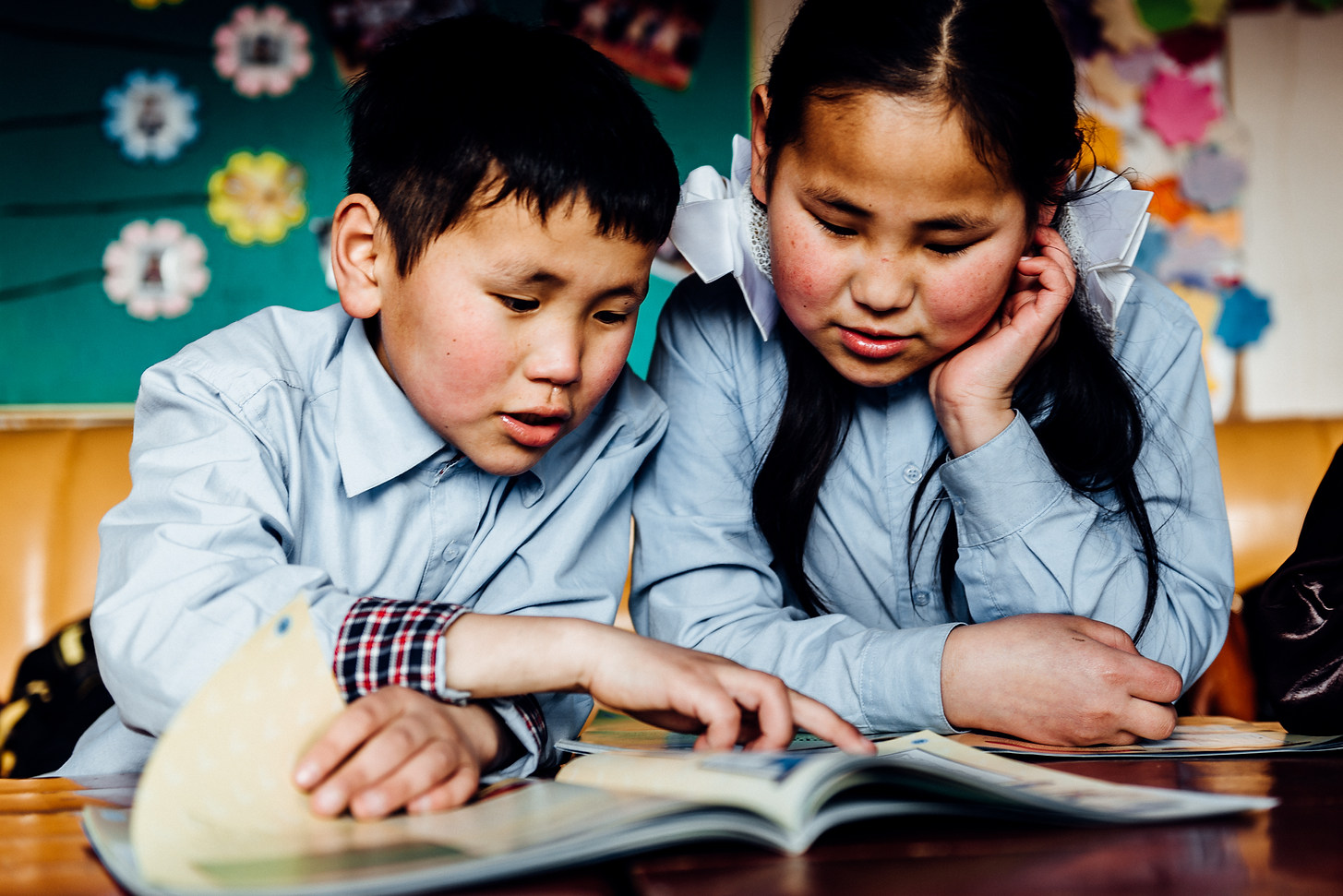 Pupils during class. Outskirts of Ulaanbaatar, Mongolia. Photo: David Vogt