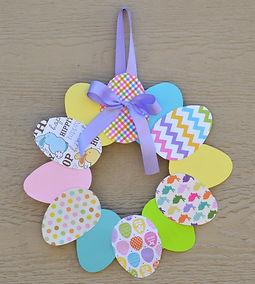 paper-plate-easter-wreath_edited.jpg