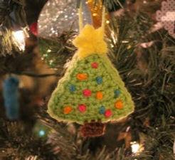christmas%20tree%20ornament_edited.jpg