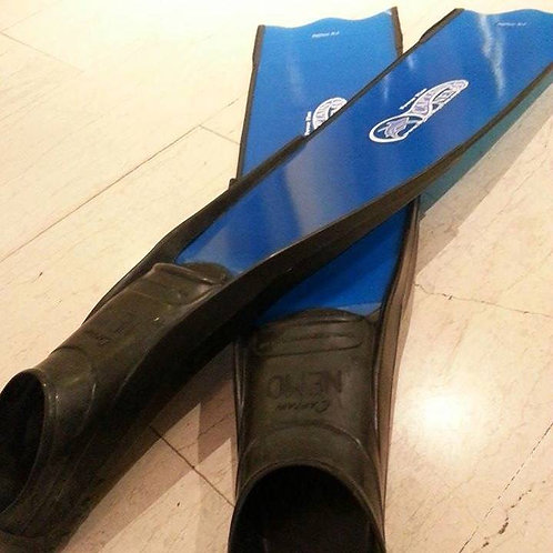 Blue Fiberglass fins with angle by Captain Nemo