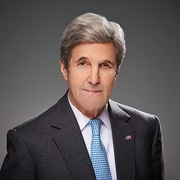John_Kerry-Senior_Fellows.jpg