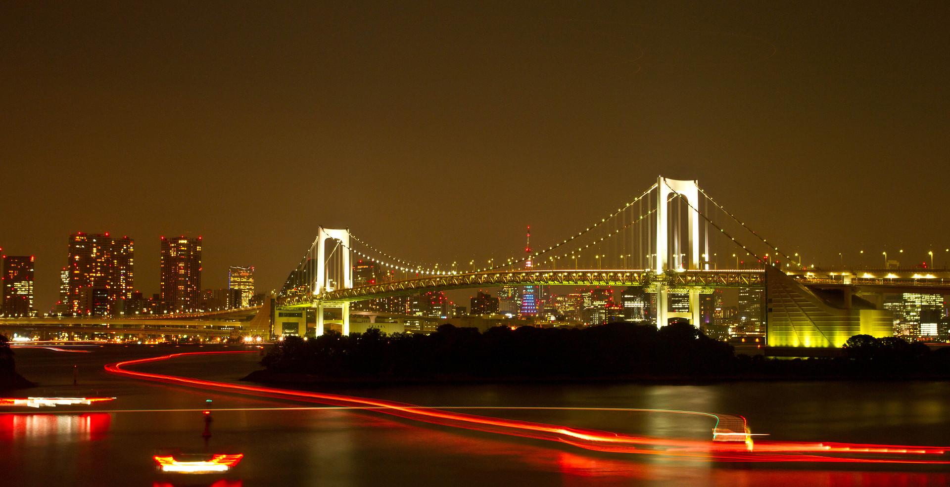 Rainbow bridge in tokyo with long light