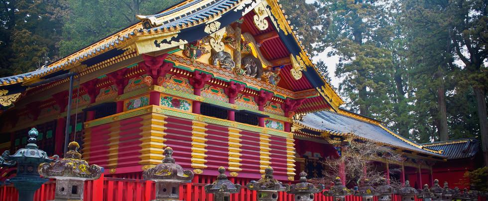 Toshogu Shrine in Winter, Nikko, Japan.j