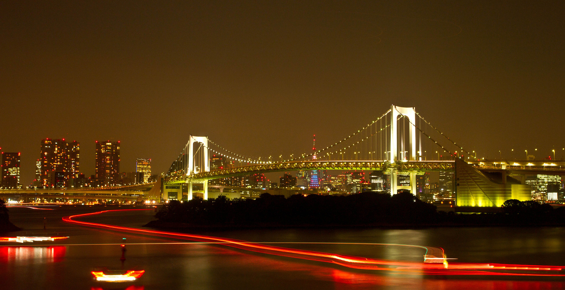 Rainbow bridge in tokyo with long light