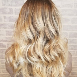 Love this blend ❤❤ _caitlyncinelli you have gorgeous hair