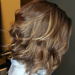 Love this gorgeous lady !!! #urbancolorzsalon #urbangirlsrock #unite_haircare #redkenflashlift #clac