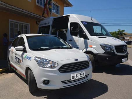 Secretaria recebe veículos