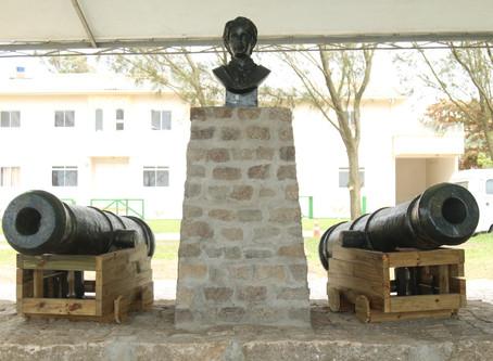 Monumento em homenagem à Anita Garibaldi é inaugurado em Imbituba.