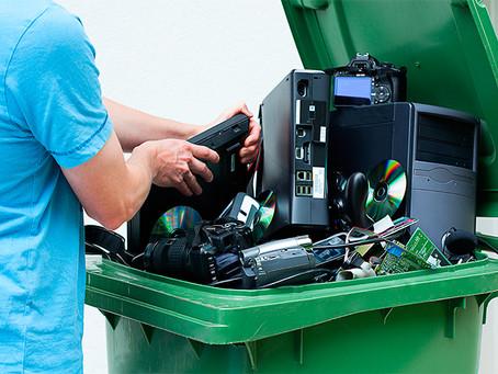 Ponto de coleta de resíduos eletrônicos é colocado em escola da área central de Imbituba.