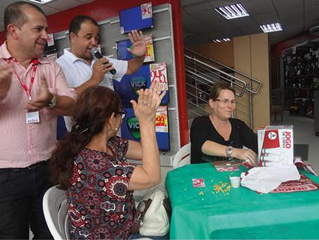 Grupos organizados participam de bingo