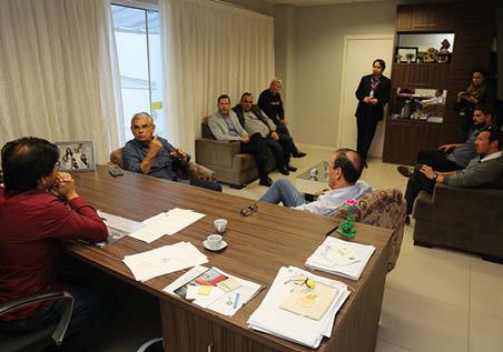 Governador visita Imbituba para debater uma solução para ponte interditada